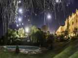 images/Royal-hotel/hotel_pool_night.jpg